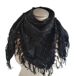 Square Fashion Scarf Fringe Black Silver Plaid